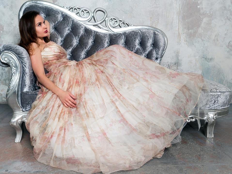 שמלות ערב – שמלה לכל אירוע